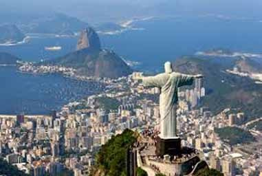 Rio and its famous statue